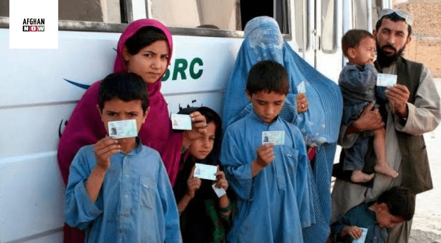 دپېښور په کیمپونو کې دافغان مهاجرین خپل ژوندڅنګه تېروي؟