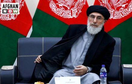 حکمتیار: افغان سیاسيون به له طالبانو سره خپلمنځي مذاکرات پیل کړي