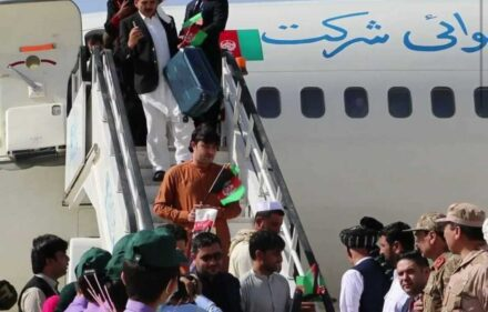 د افغانستان ځینې وګړي د پروازونو نشتون له امله د بهرني هېوادونو تګ څخه پاتې دي
