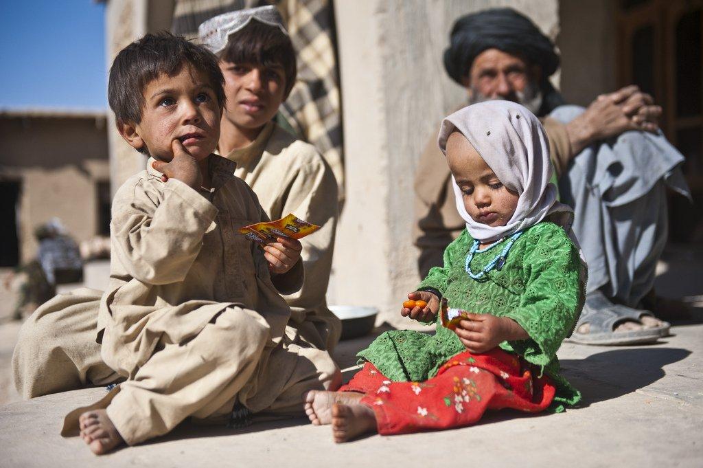 افغانستان د خوړو د کموالي له ناوړه ناورین سره مخ دی